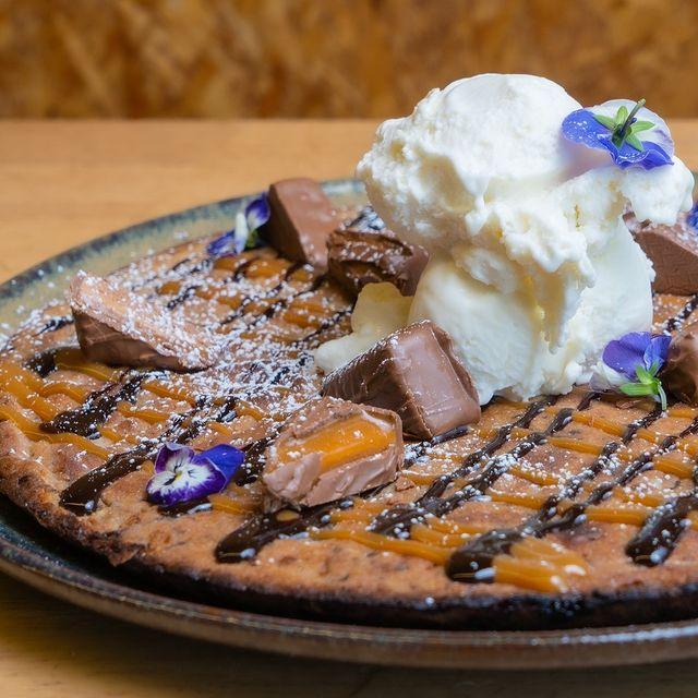 Cafe Sia Grawler chocolate cookie